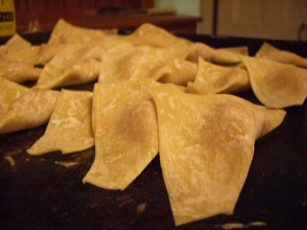 Wontons waiting for the fire